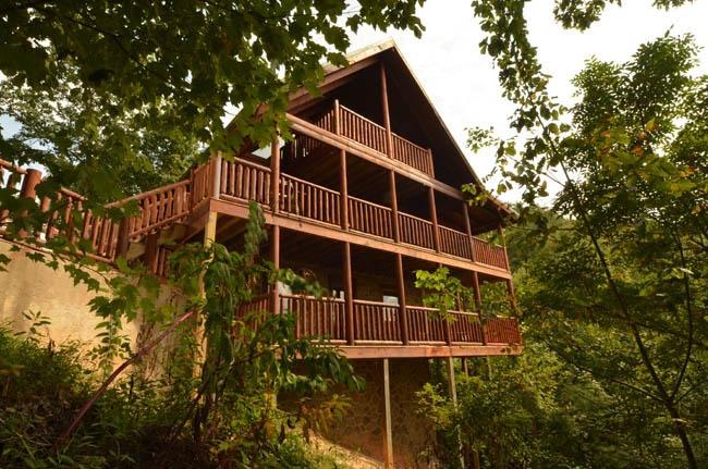 Luxury gatlinburg cabin rentals timberwinds cabins for Cabins in gatlinburg for rent