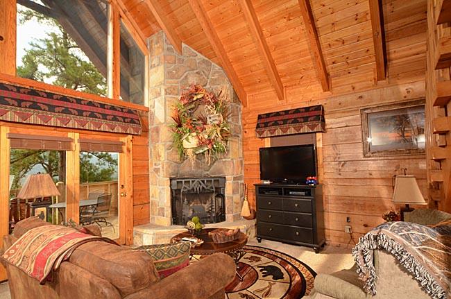 Luxurious gatlinburg cabin rentals timberwinds cabins for Cabins near downtown gatlinburg
